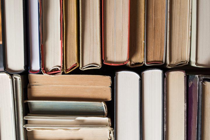 Como fazer um livro: aprenda quais são as partes internas de um livro impresso e planeje o seu
