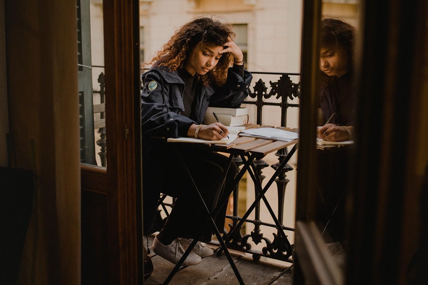 Por que você deveria pensar duas vezes antes de largar tudo para ser escritor